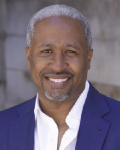 Don'Angelo Bivens, Executive Coach in Milwaukee, Wisconsin, with Executive Coaching Connections