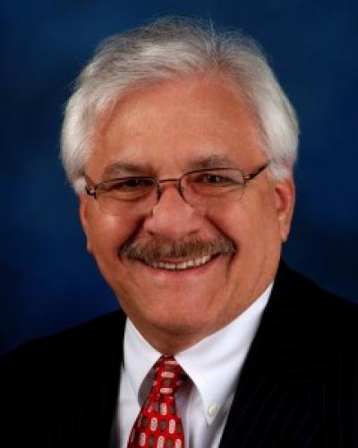 Portrait of Executive Coach Paul Garces