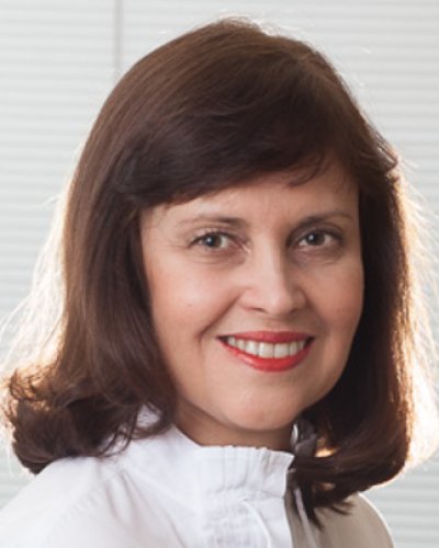 Executive Coach, Verônica Rodrigues, with Executive Coaching Connections, LLC, in São Paulo, Brazil